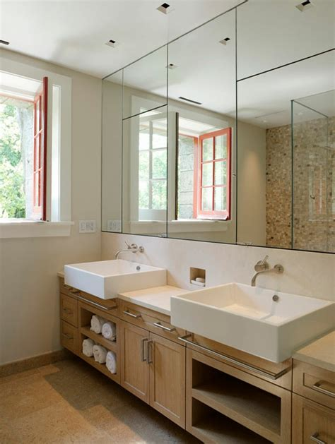 spiegel im badezimmer spiegelwand in der wohnung 42 coole ideen archzine net