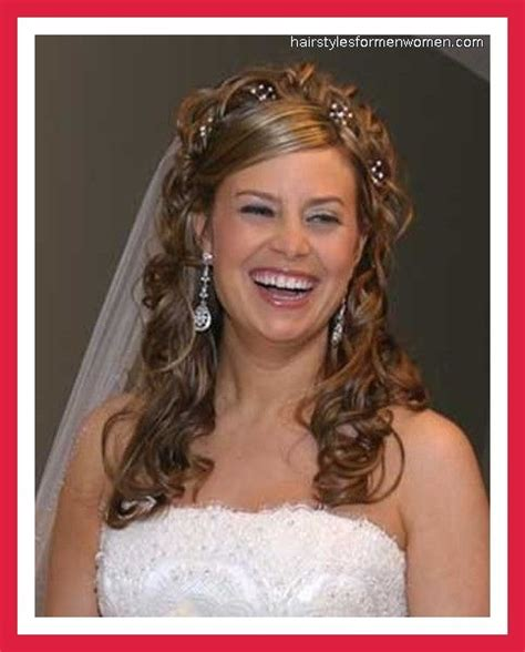 wedding hairstyles curly down with veil pin by lisa traynham on wedding hair pinterest