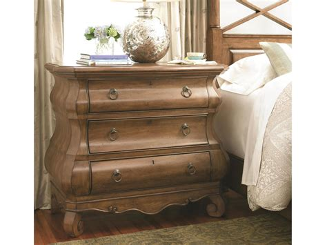 universal furniture  lou louie ps chest