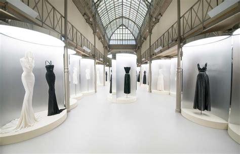 Azzedine Alaia In The Marais by Azzedine Ala 239 A Je Suis Couturier Vogue En