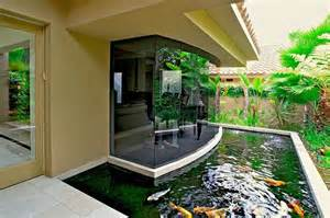 Backyard Goldfish Pond House Design Exterior Interior Aquarium Fish Floor