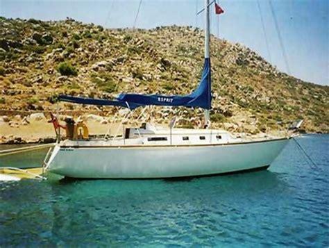 cabinati a vela usati piccoli cabinati a vela usati la cura dello yacht