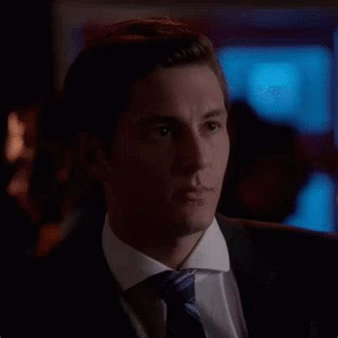 hit the floor zude gif hitthefloor zude lip discover