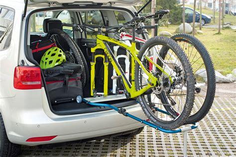 Fahrradhalterung Auto by Kofferraum Fahrradtr 228 Ger Im Vergleich
