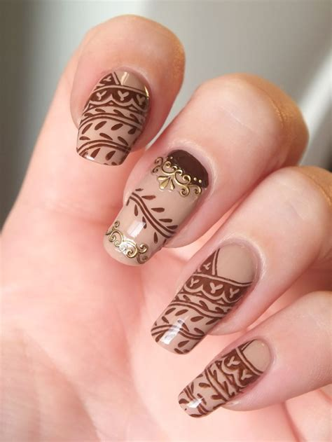 henna tattoo and nails 30 crispy and brown nail designs brown henna hennas