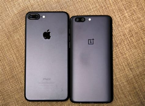 OnePlus 5 vs iPhone 7 Plus Portrait Mode and Optical Zoom
