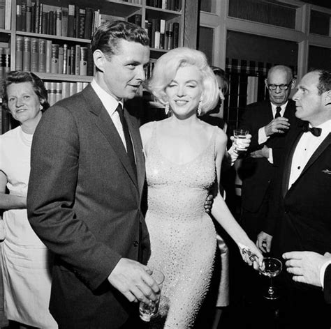 libro the art of jock marilyn monroe s happy birthday mr president quot skin and beads quot dress expected to fetch 163 2 million