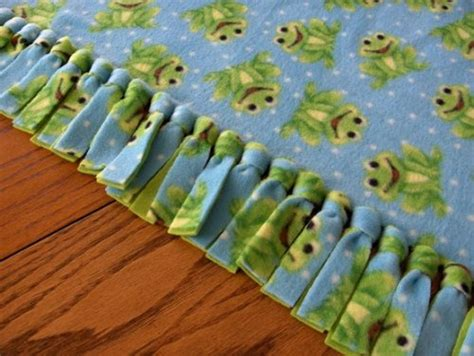 Fleece Blankets No Sew by Craft Projects To Make And Donate With Your