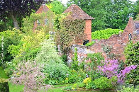Rock Cottage Gardens The Galloping Gardener Farewell June The Best Of And Gardens