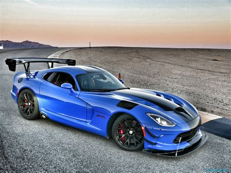 2016 Dodge Viper ACR Review: Snakes on a Track   SlashGear