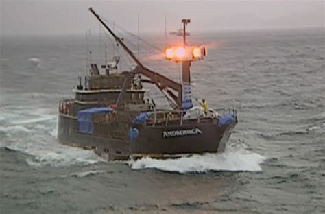 boat sinks in deadliest catch deadliest catch season 1 review and episode guide