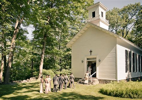 Intimate upstate New York wedding: Kate   David   Real