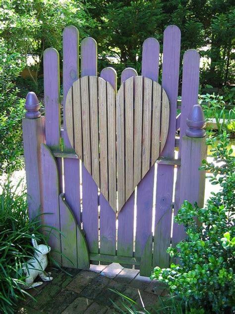 cute garden decor projects   steal  show