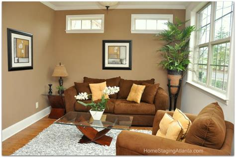 Staging A Small Living Room by Home Staging Atlanta Living Room Before And After Pictures