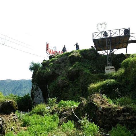 Batu Padang jalan menuju batu pandang dieng