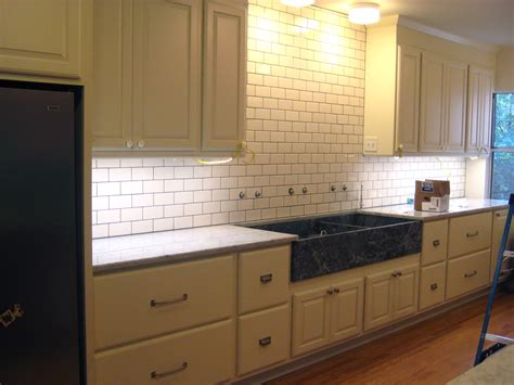decoration glossy subway tile kitchens design inspiring