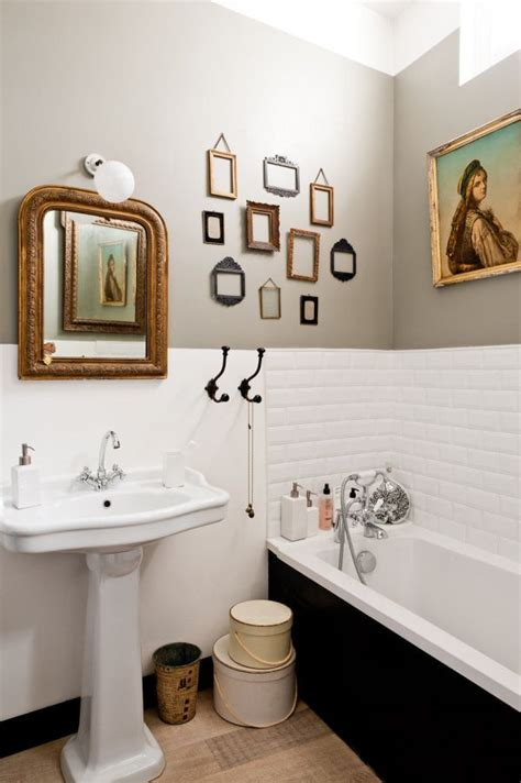 deco bathroom ideas how to spice up your bathroom d 233 cor with framed wall