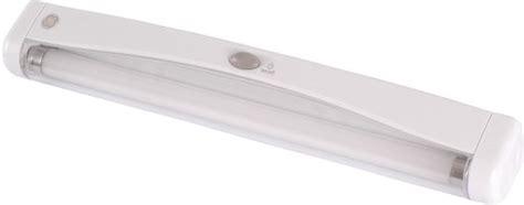 Fluorescent Closet Light Fixtures Ge Fluorescent Closet Light 12 Inch Battery Operated Plastic 50995 Home Garden Lighting