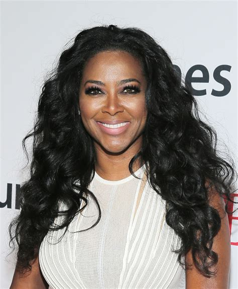 what kind of extensions does kenya moore wear kenya moore shares secret to her waist length hair