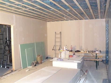 ideen wohnzimmergestaltung wände deko idee f 252 r maenner schlafzimmer