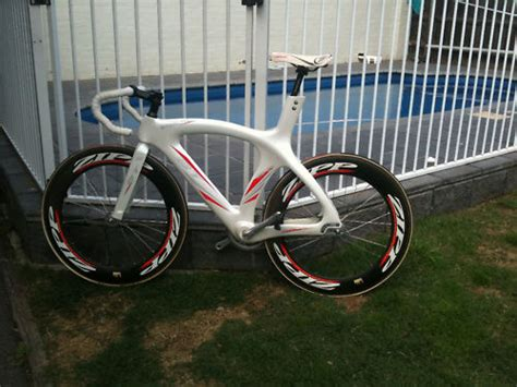 Bt White Bicycle 2007 bt track bike for sale