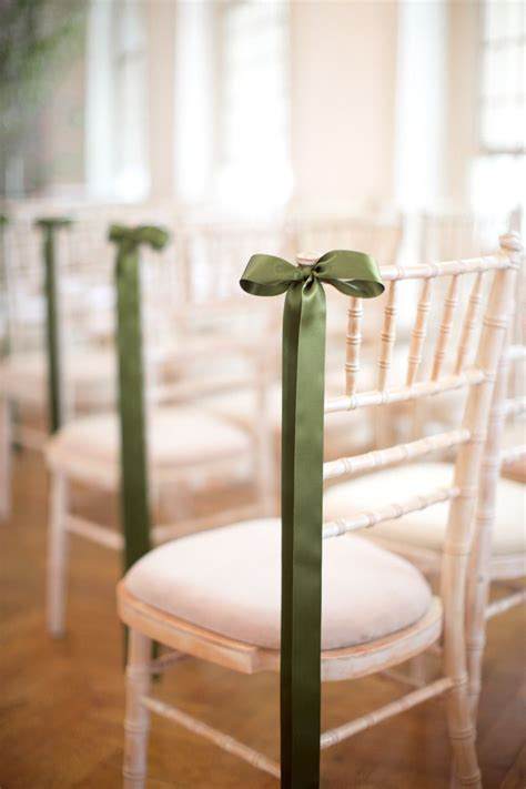 chic summer wedding in green ribbon decorating