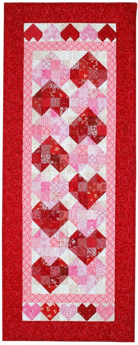 heart pattern joggers 17 best images about table runners bed scarfs on pinterest