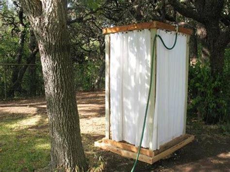 diy outdoor bathroom 10 diy outdoor pallet shower ideas pallets designs