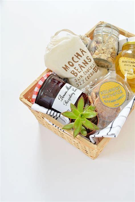 breakfast gift basket 25 best ideas about breakfast gift baskets on