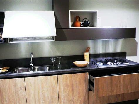 cucina berloni prezzi cucina berloni cucine b50 prezzo outlet