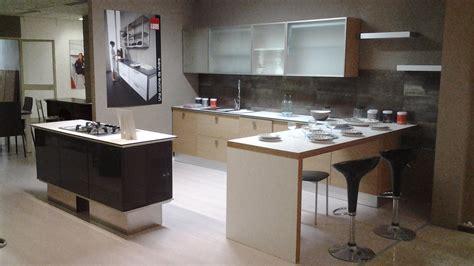 arredamenti ad cucine con fuochi ad angolo