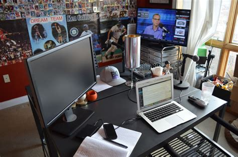 Basketball Bedroom Ideas ultimate sports man cave office bacon sports