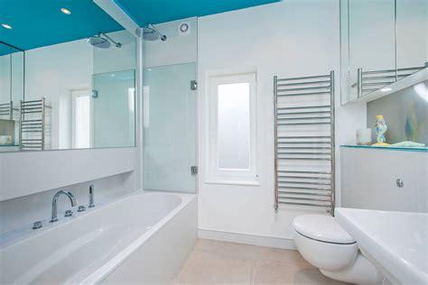 Das Badezimmer by Das Badezimmer Der Mietwohnung Versch 246 Nern