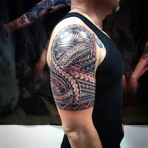 татуировки фото на руке крест
