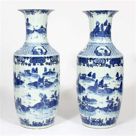 Large Standing Vase Pair Of Large Export Style Standing Floor Vases At