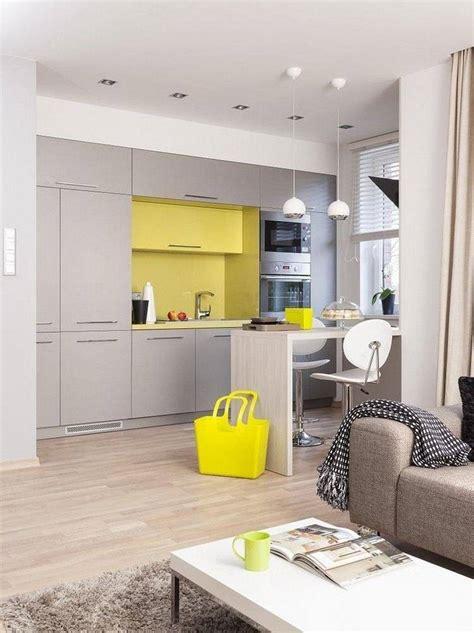 cuisine gris jaune plan de travail cuisine de couleur fa 231 on de rafra 238 chir l