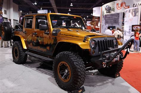 rugged jeep rugged ridge jeep 28 images sema 2011 rugged ridge jeep wrangler power soft top photo 2014