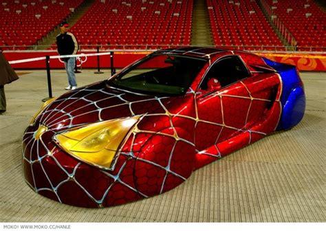 strange custom car spidey car paint