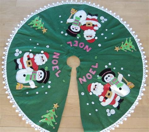 17 best images about christmas tree skirt or tablecloth on