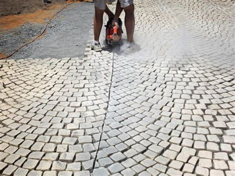 How To Cut Patio Pavers How To Install A Patio Walkway How Tos Diy