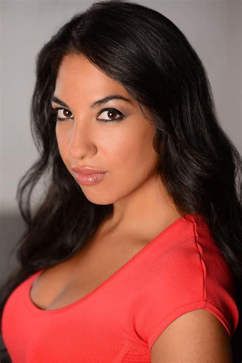latinos    colombian actress mary cruz talks