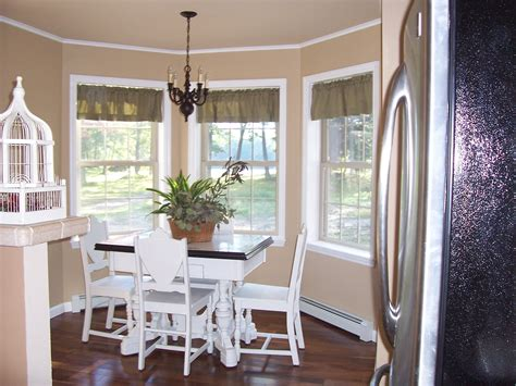 curtains for dining room windows window treatments for bay windows in dining room home