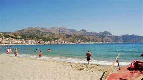 spiaggia giardini naxos sporting baia hotel giardini naxos taormina