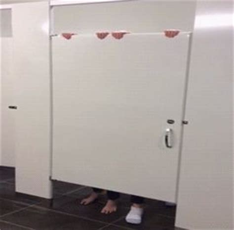 girls bathroom stall bathroom stall doors and funny on pinterest