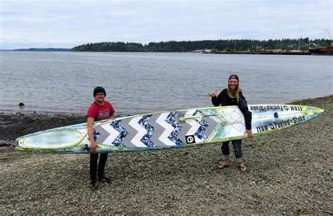 race in alaska stand up paddleboarders prepare to set on race to alaska ncpr news