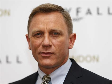 daniel craig hairstyles celebrity hairstyles by how to get the best men s haircut business insider