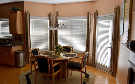 Window Treatments For Bay Windows In Dining Rooms Bay Window Treatments Irepairhome