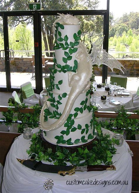 smaug dragon wedding cake cakecentralcom