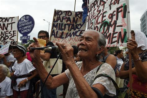 philippines comfort women shinzo abe to meet rodrigo duterte philippine protests