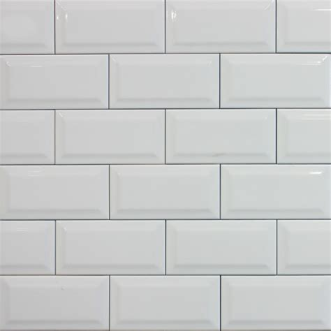 White metro tile womag